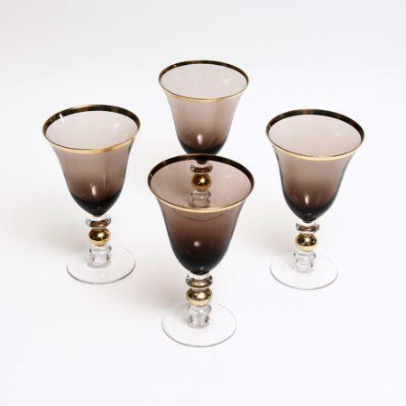 gold rimmed wine goblets