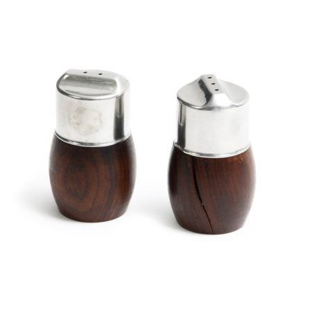 barrel shaped condiment holders with steel caps